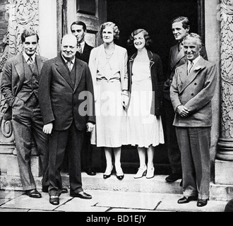WINSTON CHURCHILL at Chartwell in September 1931 with Charlie Chaplin - see Description below - Stock Photo