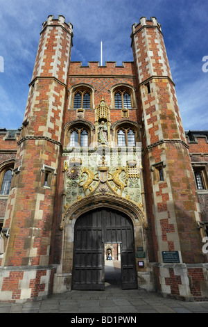 Entrance to St John's College Cambridge - Stock Photo
