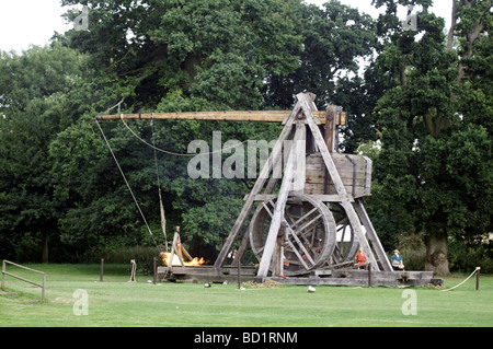 Warwick Castle is home to one of the world's largest Trebuchet, Warwick, England, UK - Stock Photo