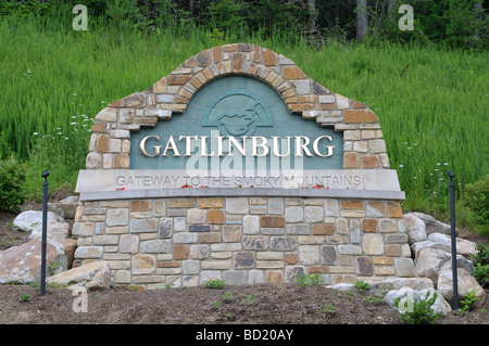 A fancy welcome to Gatlinburg sign on the Greenbrier side of Gatlinburg, TN, USA.  Photo by Darrell Young. - Stock Photo