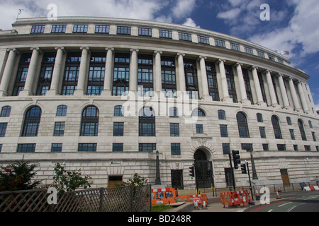 Unilever House, Blackfriars, London - Stock Photo