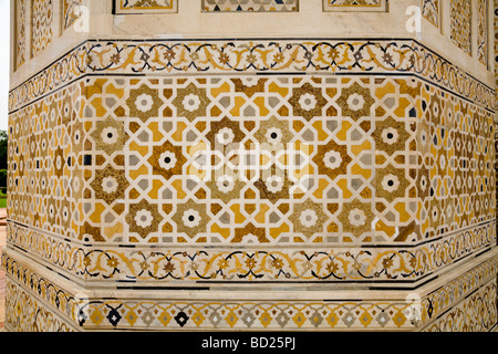 Area of inlaid stonework on the walls of Itmad-ud-Daulah's Tomb mausoleum. Agra. India. - Stock Photo