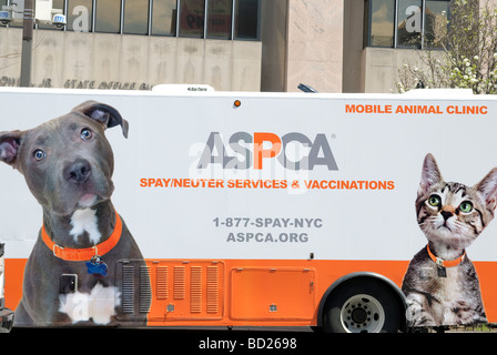 ASPCA The American Society for the Prevention of Cruelty to Animals Mobile Unit Harlem New York City - Stock Photo