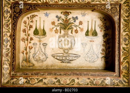 Painting of picture on the walls of Itmad-ud-Daulah's Tomb mausoleum. Agra. India. - Stock Photo