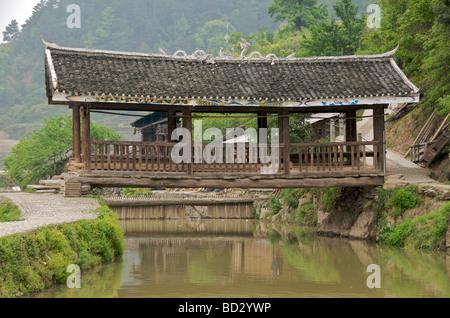 Wind and rain bridge Zhaoxing Guizhou Province China - Stock Photo