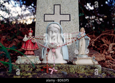 A monument to the Virgin Mary in Kenmare Ireland. - Stock Photo
