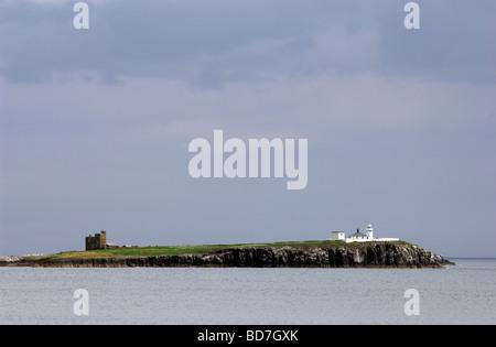 View from Bamburgh Beach looking across Inner Farne, Northumberland, England, UK - Stock Photo