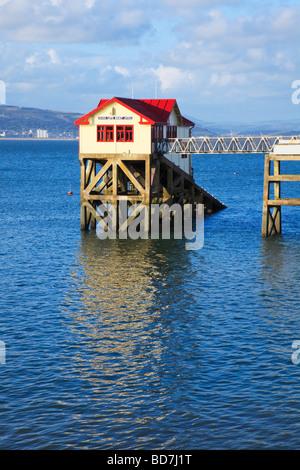 Mumbles lifeboat station - Stock Photo