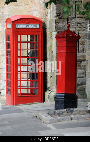 Red Telephone box Red Royal Mail post box two Icons of England - Stock Photo