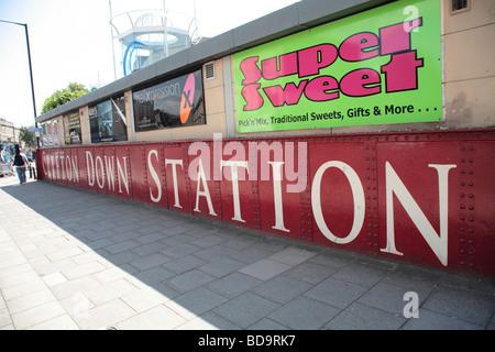 Clifton Down Railway Station, Clifton, Bristol - Stock Photo