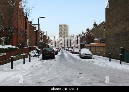 Heavy snow in London. - Stock Photo