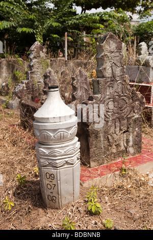 Indonesia Sulawesi Sidereng muslim cemetery unusual pillar shaped gravestones - Stock Photo