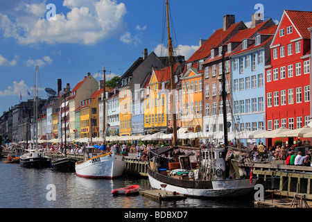 Colorful houses in the Nyhavn area of Copenhagen, Denmark - Stock Photo