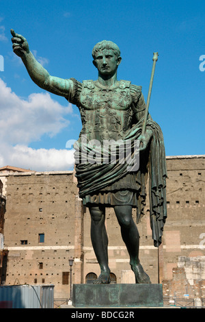 Augustus, 23.9.63 B.C. - 19.8.14. A.D., Roman emperor since 13.1.27 B.C., full length, statue, Rome, Italy, , Additional - Stock Photo