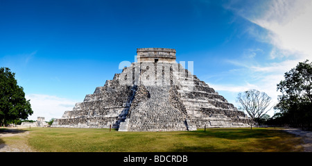 El Castillo also known as Temple of Kuklcan at the ancient Mayan ruins at Chichen Itza Yucatan Mexico - Stock Photo