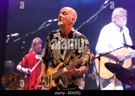 Dave Pegg with Ric Sanders and Simon Nicol at Fairport Conventions Cropredy Festival 15th August 2009 - Stock Photo