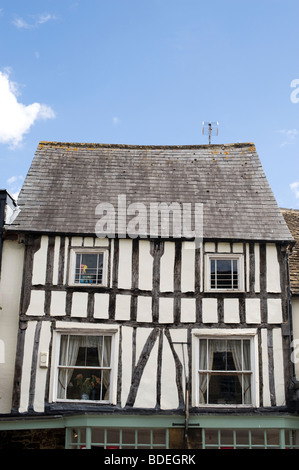 Timber framed tudor house exterior in Burford, Cotswolds, Oxfordshire, England - Stock Photo