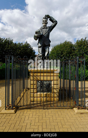 Stan Laurel memorial statue in a public park in North Shields, Tyneside - Stock Photo