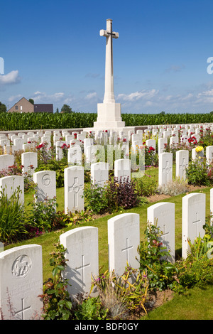 Dochy Farm, Belgium, a World War 1 British commonwealth military cemetery with WWi war graves, Ypres, Flanders, - Stock Photo