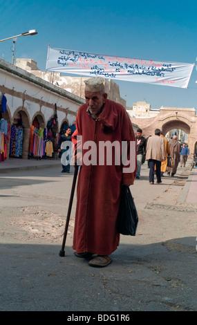 Old man wearing a caftan, Essaouira, Morocco, Africa - Stock Photo