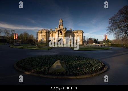 Bradford, West Yorkshire Cartwright Hall Lister Park Bradford - Stock Photo