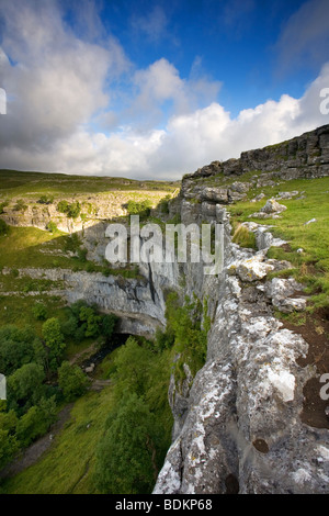 View of the Spectacular Limestone Amphitheatre/Cliff Face of Malham Cove, Malhamdale, Yorkshire Dales, North Yorkshire, - Stock Photo