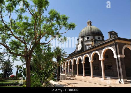Roman Catholic church chapel at Mount of Beatitudes at Tabgha, Galilee near Lake Kinneret, Israel. - Stock Photo