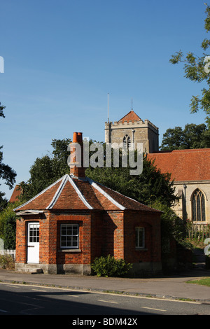 'Toll House' and [Dorchester Abbey], 'Dorchester on Thames', Oxfordshire, England, UK - Stock Photo