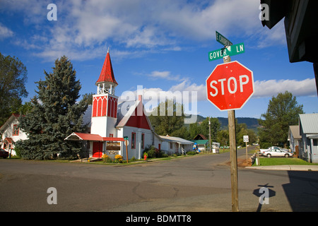 A small, 100 year old community church in Halfway, Oregon - Stock Photo