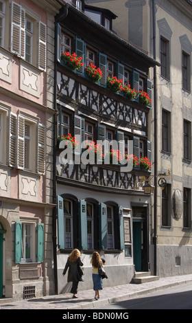Bamberg Wirtshaus Schlenkerla Wirtshaus zum Schlenkerla Rauchbier Gotisches Gewölbe aus dem 14. Jh. und fränkische - Stock Photo