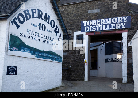 Tobermory Distilllery, the only whisky makers on the Isle of Mull, Scotland, United Kingdom. - Stock Photo