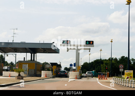 french toll autoroute motorway in provence france gantry signs above stock photo 87440277 alamy. Black Bedroom Furniture Sets. Home Design Ideas