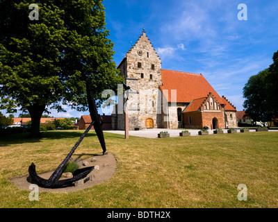 The medieval Sankt Nikolai Kyrka (St. Nicolai Church) in Simrishamn, Sweden. - Stock Photo