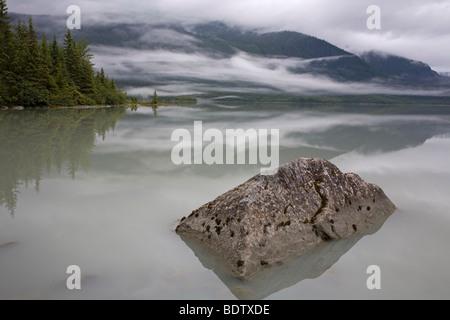 Mendenhall-Gletscher & Mendenhall-See / Mendenhall-Glacier & Mendenhall-Lake / Juneau - Alaska - Stock Photo