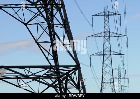 Electricity Pylons, Didcot, Oxfordshire, United Kingdom. - Stock Photo