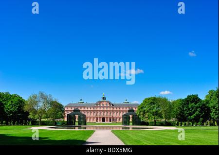 Palace garden of Schloss Rastatt castle, Rastatt, Schwarzwald, Baden-Wuerttemberg, Deutschland, Europa - Stock Photo
