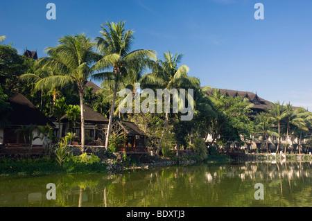 Kandawgyi lake, Rangoon, Yangon, Burma, Myanmar, Asia - Stock Photo