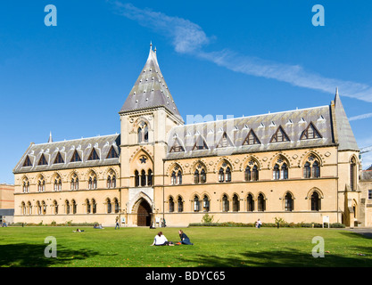 The Oxford University Museum of Natural History and Pitt Rivers Museum, Oxford, England - Stock Photo
