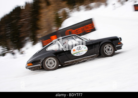 Porsche 911, built in 1972, Planai Classic 2009, vintage car rally in the winter, Schladming, Styria, Austria, Europe - Stock Photo