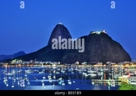 Sugarloaf Mountain, Pão de Açúcar, at night, Rio de Janeiro, Brazil, South America - Stock Photo