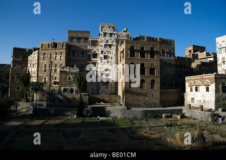 Old tower houses and traditional architecture in the Old City of Sana'a, Yemen. - Stock Photo