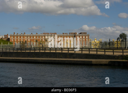 Hampton Court Palace As Seen From The River Thames Surrey England - Stock Photo
