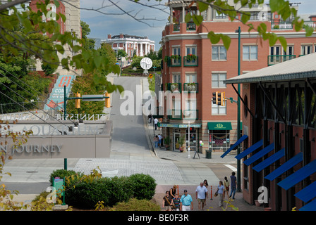 Downtown Chattanooga,Tennessee with the Hunter Museum at the top of the hill - Stock Photo