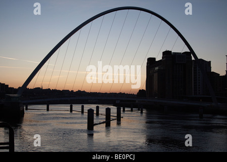 The Millennium Bridge over the River Tyne between Gateshead and Newcastle near the Baltic art gallery - Stock Photo
