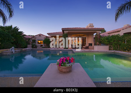Beautiful home with pool at night in bay hill windermere florida stock photo 84384687 alamy for Hotels in windermere with swimming pools