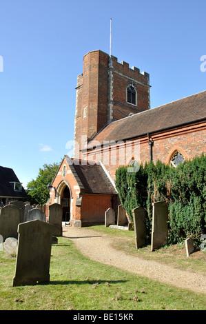 Parish Church of Chalfont St.Peter, High Street, Chalfont St.Peters, Buckinghamshire, England, United Kingdom - Stock Photo