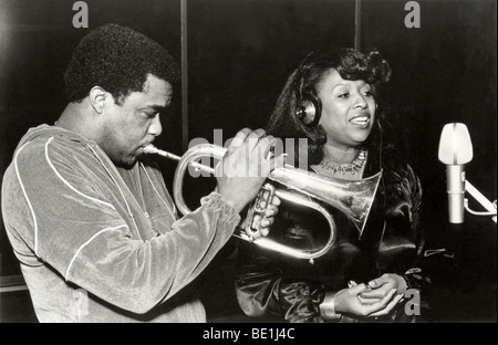 FREDDIE HUBBARD  - US jazz trumpeter with singer Jeanie Tracy - Stock Photo