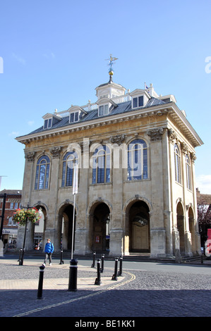 17th century Abingdon County Hall (Museum), Market Place, Abingdon-on-Thames, Oxfordshire, England, United Kingdom - Stock Photo