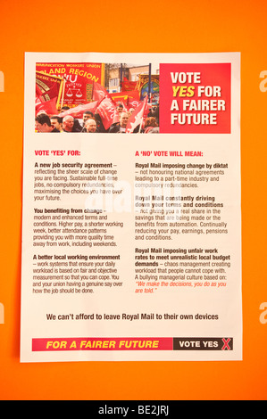 The official cwu leaflet sent to Royal Mail employees before the September 2009 national ballot asking for a yes - Stock Photo