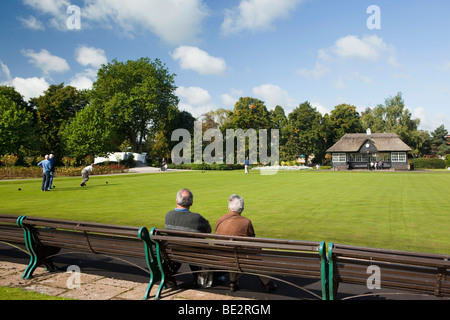 UK, England, Staffordshire, Stafford, Victoria Park, people playing bowls in sunshine - Stock Photo